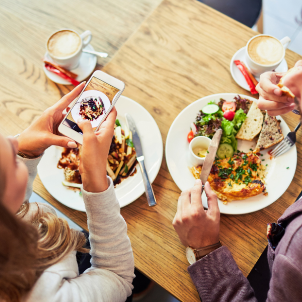 How Restaurants Can Use Trends To Bring In Business