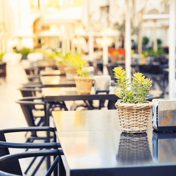 How To Implement Outdoor Dining In Your Restaurant