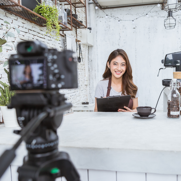 5 Ways Restaurants Can Use Social Media To Connect With Customers After Coronavirus