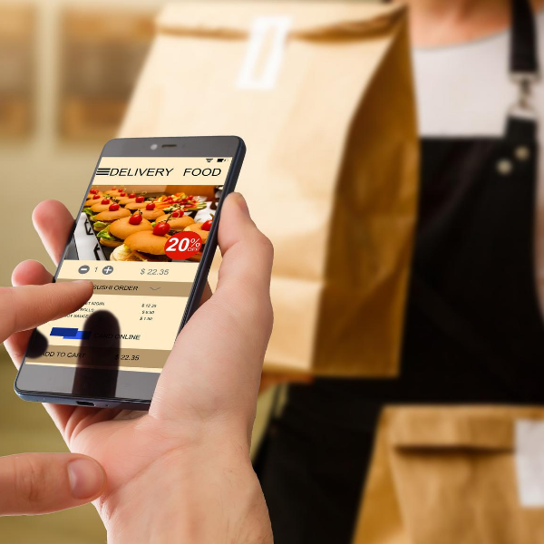 Third-Party vs. In-House Delivery Systems: Which Is Best For My Restaurant?