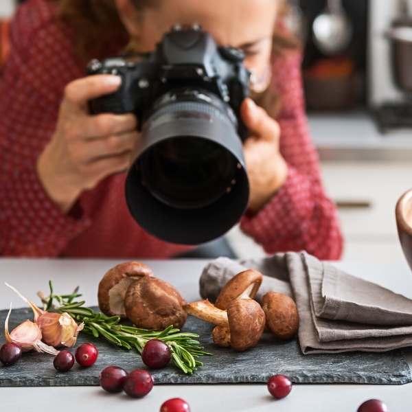 6 Must-Have Photography Props For Food Bloggers
