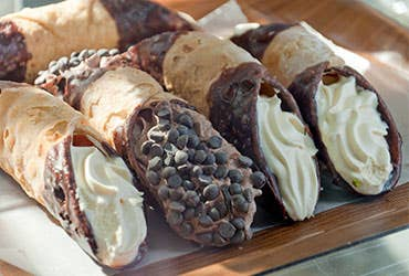 Sweet Cannoli Shells